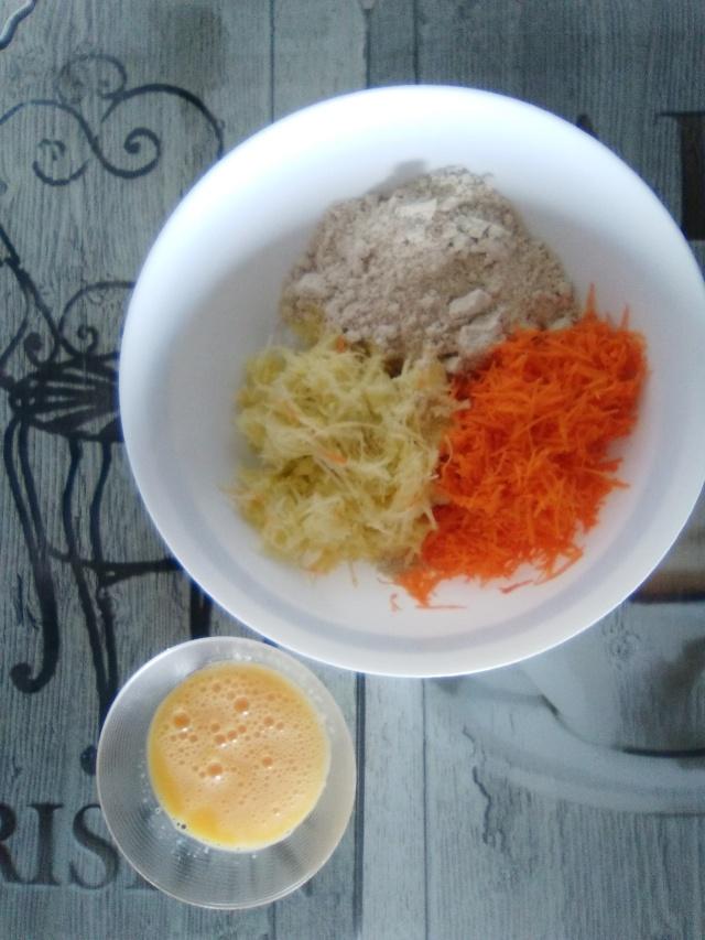 Tortitas de zanahoria y calabacín